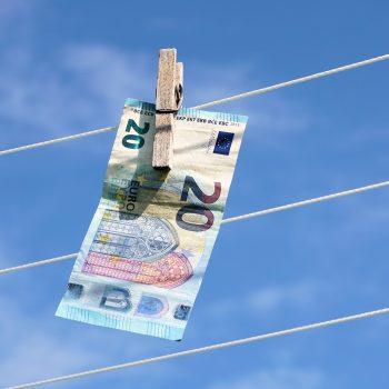"""העסק מרוויח ואתה שואל: """"איפה הכסף""""?"""